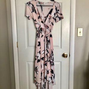 PINK BLUSH HI-LOW FLORAL MATERNITY WRAP DRESS